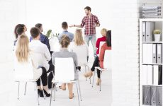 Expat Academy GloMo Training - Presentation Skills - For Service Providers