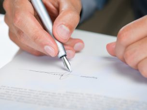 Expat Academy International repayment agreements – worth the paper they're written on?