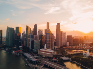 Expat Academy Hong Kong versus Singapore: Fragrant Harbor or The Garden City?